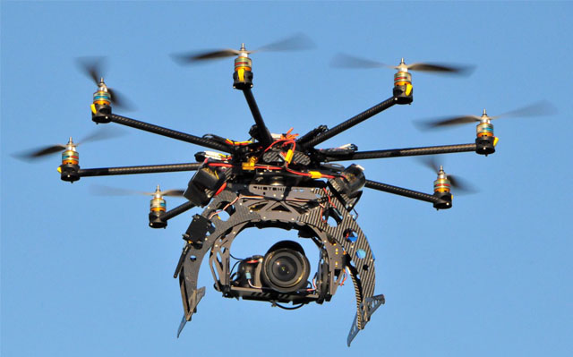 https://thwaits.files.wordpress.com/2013/03/octocopter.jpg